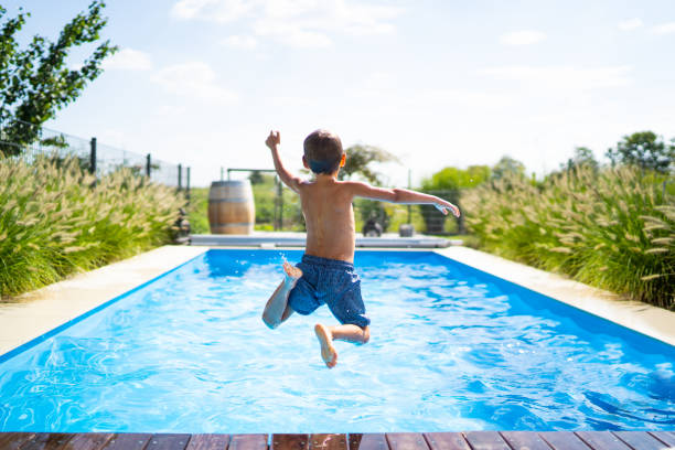 pool cleaning service huntsville